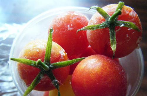 Заморозить помидорки черри. Помидоры-черри, замороженные для пиццы